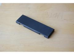 Плоская металлическая пластина для запрессовки шлифа в пластилин