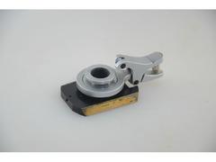 Щипцовое устройство на салазках от микроскопа МИН-8